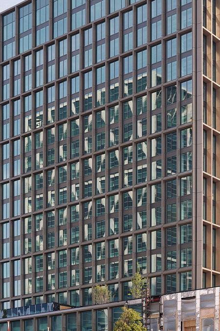 Zuidas Amsterdam. - ****.  25 augustus 2019, Groetjes, Bob. - foto door oudmaijer op 20-09-2019 - deze foto bevat: amsterdam, lijnen, architectuur, reflectie, gebouw, stad, zuidas