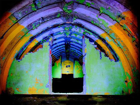 Kleur - Kleur in de bunker van Wilkocin Polen. for more look at http://www.f-a-p.nl - foto door fap op 04-06-2014 - deze foto bevat: foto, urban, verlaten, vervallen, hdr, duitsland, urbex, oost, bunkers, ddr, tonemapping, nuclear, atoom, armament, voormaling, fap., kernwapens, ud, Beauty of decay, wikocin