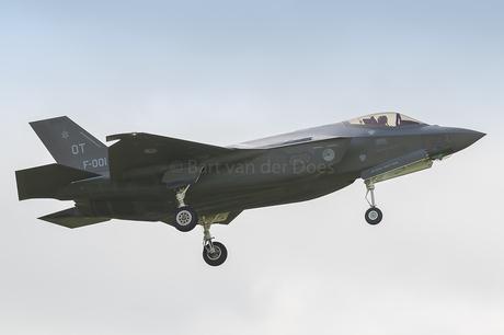 F-35A - F-001 323 SQN 'OT'