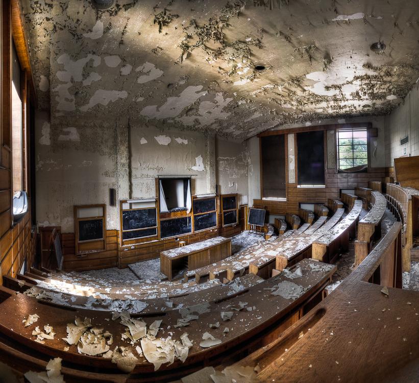 School's out - Abandoned University - foto door Sjwets op 10-08-2011 - deze foto bevat: urbex, university, sjwets
