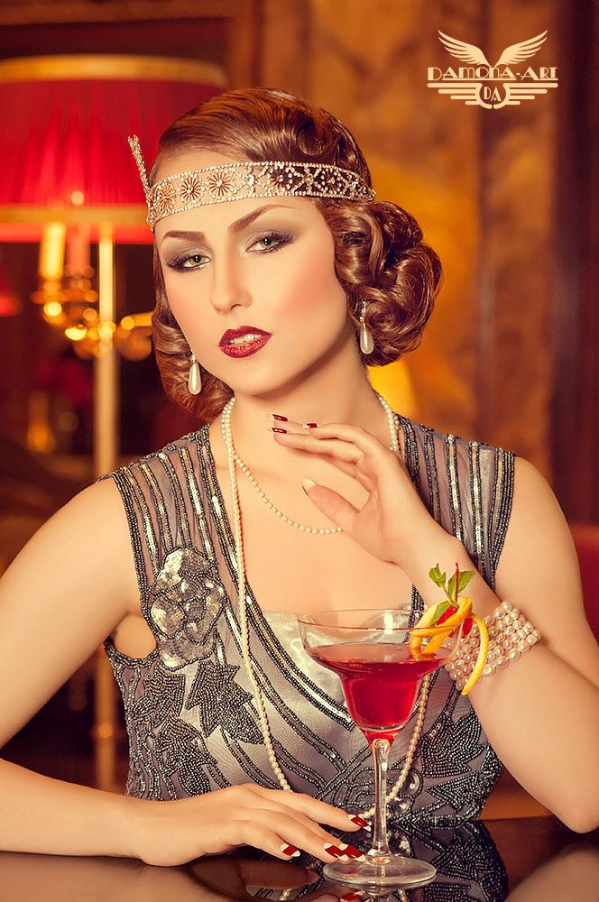 Cocktail Hour, Happy hour - Mijn nieuwste Gatsby set en heb dan maar direct meer glamour toegevoegd. Gatsby stijl met de fantastische Piano Bar van het 5 sterren Hotel Metropole - foto door damona-art op 21-01-2014 - deze foto bevat: haar, nikon, vintage, beauty, hotel, glamour, shoot, stijl, brussel, retro, pinup, cocktail, metropole, d300, Gatsby