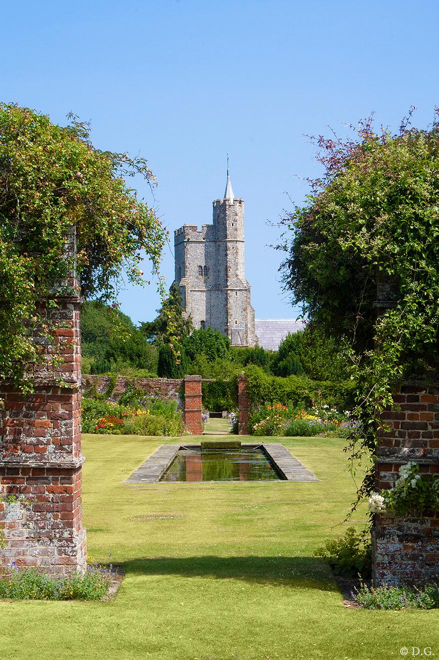 South England 2 - Juli 2013, mijn eerste vakantie in Engeland. Foto nummer 2 uit mijn serie 'South England'.  Engeland proeven doe je o.a. door de 'Gardens' te bezo - foto door daniel44 op 26-08-2013 - deze foto bevat: tuin, engeland, garden, kent, goodnestone