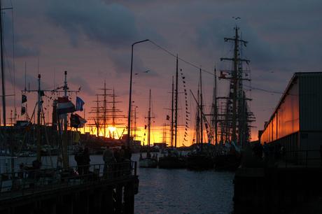 IJmuiden bij zonsondergang