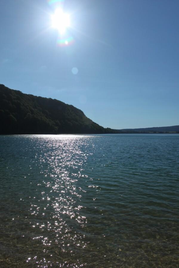 Meer van Chalain - Foto van het meer bij Doucier te Frankrijk - foto door smorrie op 16-09-2010 - deze foto bevat: frankrijk, meer, jura, Chalain, Doucier