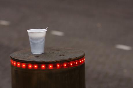 Koffie in de kou tijdens het studentenprotest in Den Haag.