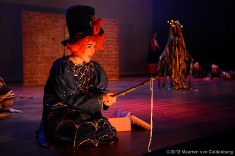 Een scéne uit de musical van 2-stage