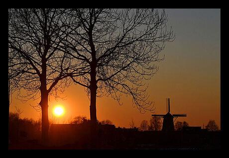 Zonsondergang bij de Molen!