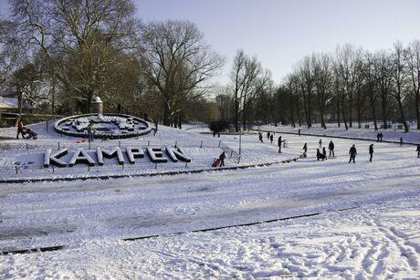 sneeuwpret in .......