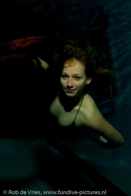 Yvonne, model onderwater