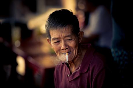 rokende man