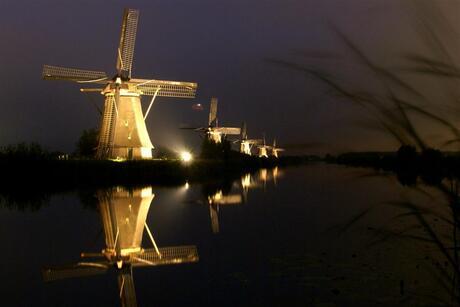 Kinderdijk by night