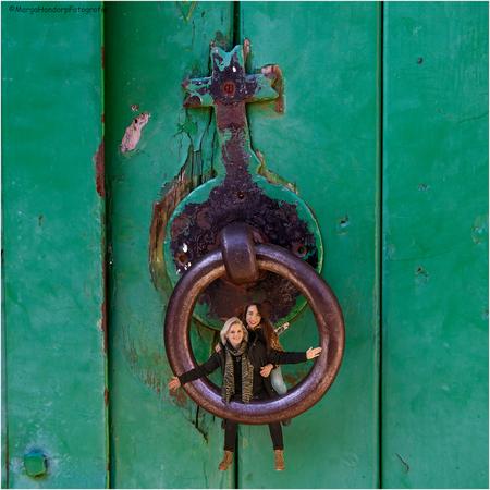 """Klopklop - """"Klopklop"""" - foto door hondorp op 01-03-2021 - deze foto bevat: portret, bewerkt, fantasie, bewerking, nostalgie, photoshop, creatief, textuur"""