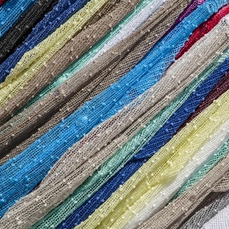 Lanzarote 54 - Dat kun je natuurlijk hier op de markt ook zien..... Bedankt voor de reacties en een fijn weekend verder. - foto door goosveenendaal op 11-07-2015 - deze foto bevat: kleuren, markt, diagonaal, stoffen, lanzerote