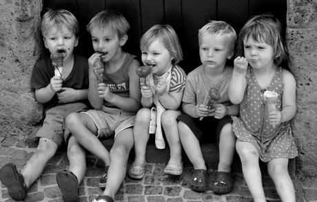 Gezellig ijsje eten