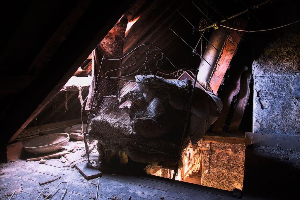 Goodnight and sleep well - Bed - foto door schnautzi op 13-04-2011 - deze foto bevat: verlaten, bed, urbex