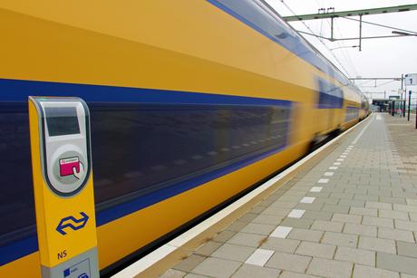 NS Trein op station Goes