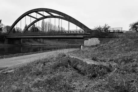 eenzame brug