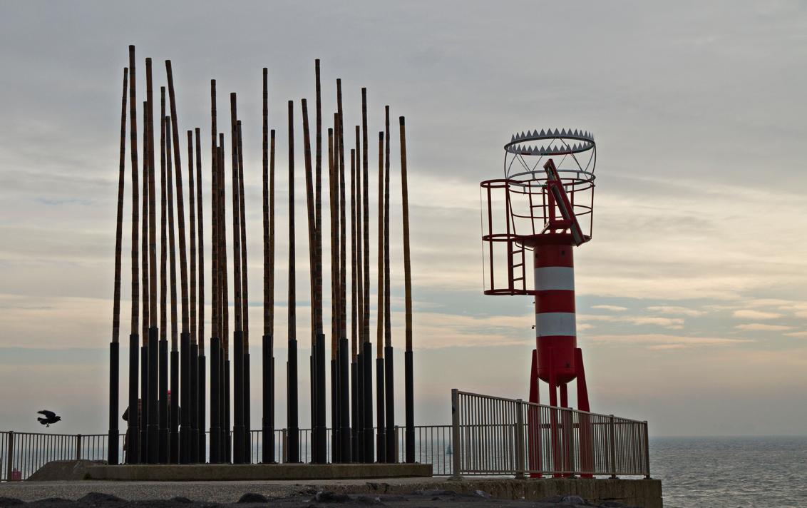 Zeeuwse Zoomdag 1 - Vandaag was de Zeeuwse Zoomdag, georganiseerd door Arjo. Het was heel gezellig met een leuke club zoomers maar het weer wilde niet echt meewerken, vo - foto door ronab op 02-12-2012 - deze foto bevat: vlissingen, windorgel, ronab, zoomdag zeeland