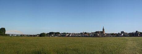 Nijmegen in de zon