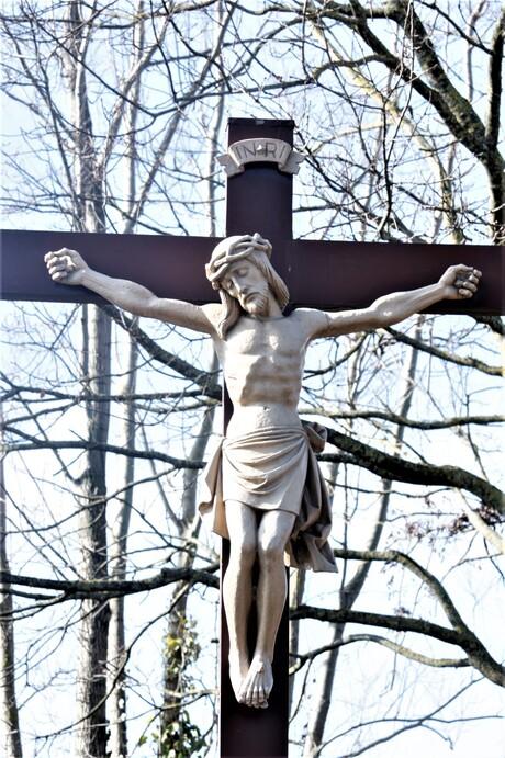 gods statue