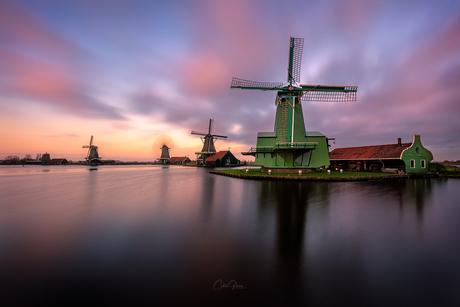 Windmill lockdown