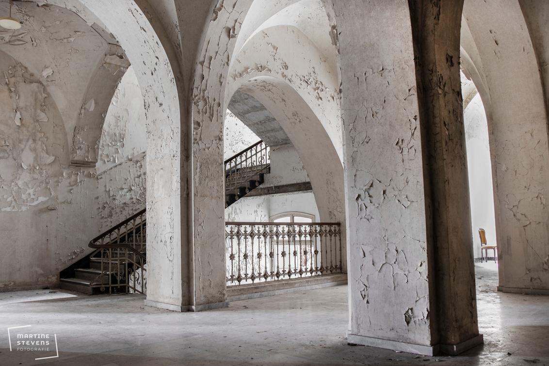 In een oud verlaten klooster - In een oud verlaten klooster. - foto door MartineStevens op 07-02-2021 - deze foto bevat: oud, urban, verlaten, urbex, urban exploring