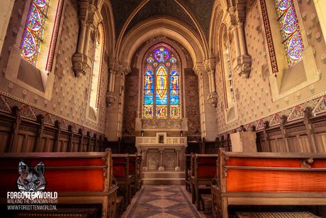 Ik zal voor je bidden in dit verlaten kapel