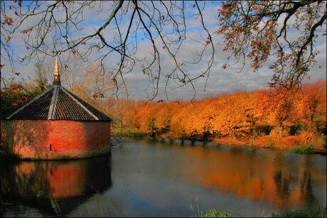 Ewsum in herfstkleuren