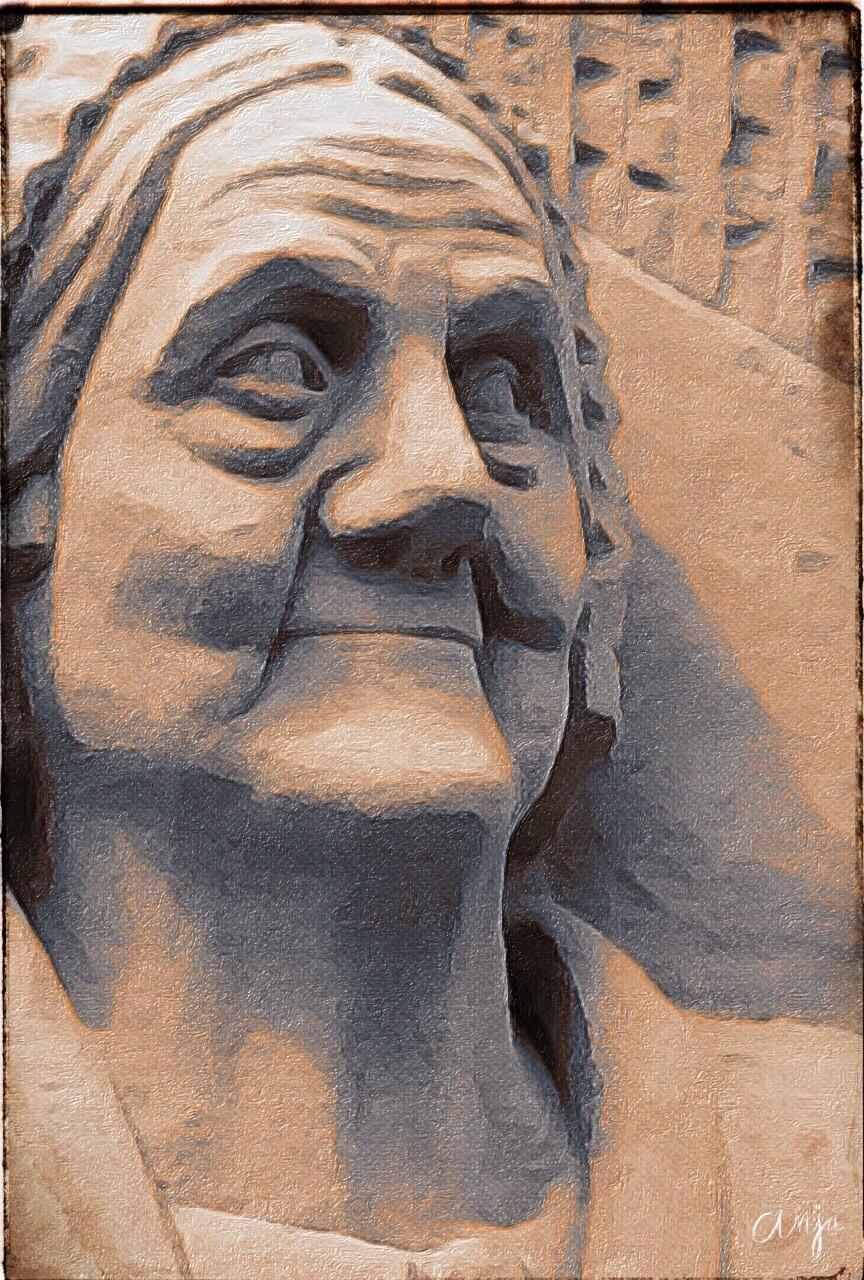 boerenvrouw - Zandsculptuur in Diepeheim bij kasteel Warmelo. - foto door Rosina op 28-06-2015 - deze foto bevat: abstract, natuur, silhouet, kunst, bewerking, sfeer, contrast, creatief, manipulatie, bewerkingsopdracht, bewerkingsuitdaging