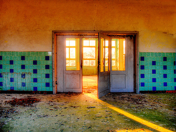 The Sunny Room - The sunny room on a Russian Air Base in the former GDR. - foto door fap op 10-04-2014 - deze foto bevat: foto, urban, verlaten, vervallen, hdr, duitsland, urbex, oost, bunkers, ddr, tonemapping, nuclear, atoom, armament, voormaling, fap., kernwapens, ud, Beauty of decay, Zerbst