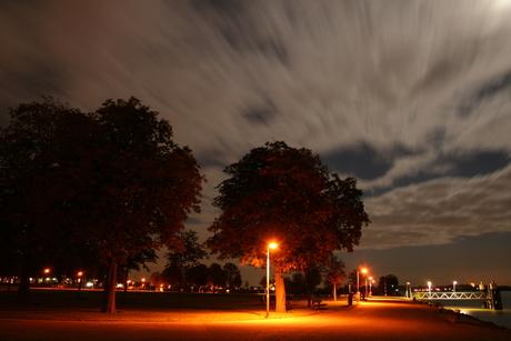 Buiten de Waterpoort by night, Gorinchem
