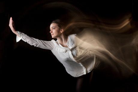 Dancer in motion, Samantha