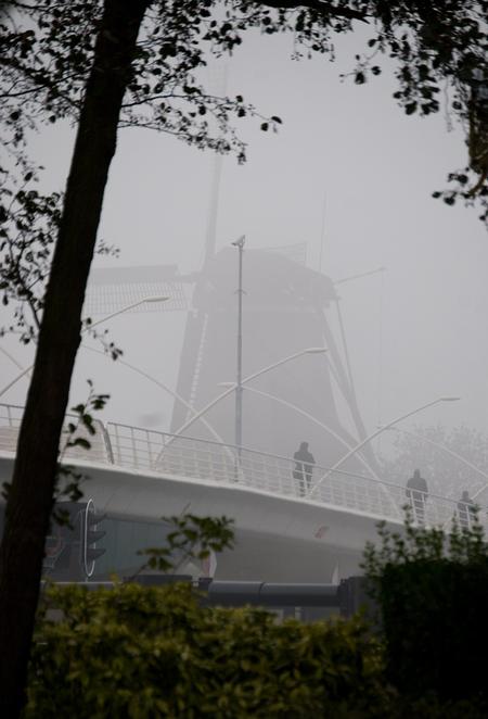 Zaanse Schans - De Zoomdag van 8 november begon met stralend mooi weer, later werd het mistig en koud. Dit leverde even goed wel mooie plaatjes op :-). - foto door Siem67 op 14-11-2009 - deze foto bevat: zaanse, schans, zaansechans