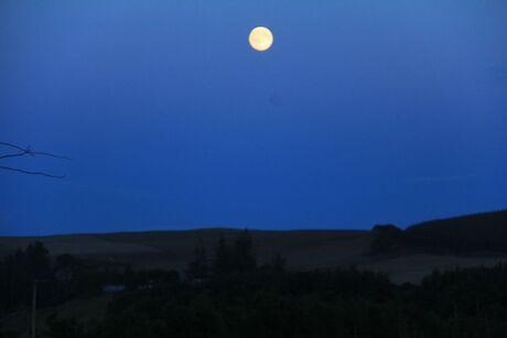 Reis naar Schotland Maan