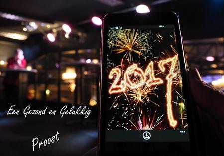 De Beste Wensen... - Maak er weer een mooi jaar van ,vol met inspiratie. - foto door pietsnoeier op 01-01-2017 - deze foto bevat: nieuwjaar, beeld, stilleven, vuurwerk, inspiratie, 2017, maandopdracht