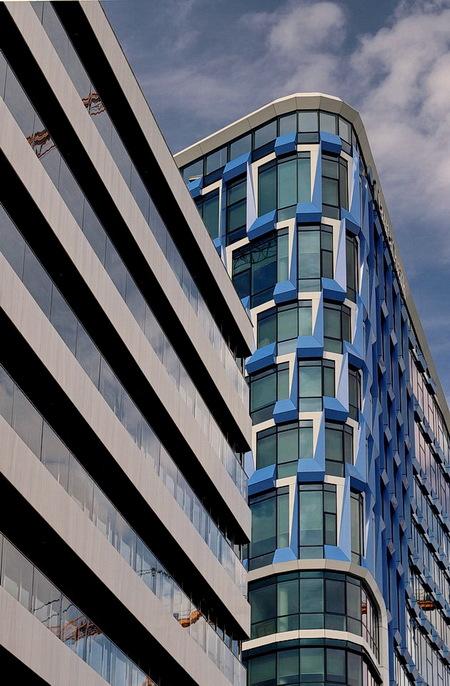 Zuidas Amsterdam - ****.  1 september 2019. Groetjes, Bob. - foto door oudmaijer op 14-09-2019 - deze foto bevat: amsterdam, lijnen, architectuur, gebouw, stad, zuidas