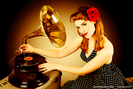 Her Master's voice Pin Up