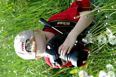 onze kleine fotograaf