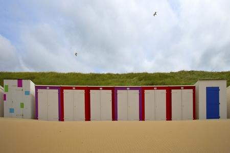 Strandhuisjes 2 - ? - foto door goosveenendaal op 17-07-2014 - deze foto bevat: strand, duinen, zand, zeeland, strandhuisje