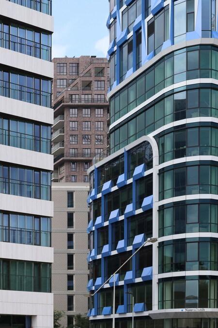 Zuidas Amsterdam. - ****.  4 augustus 2019. Groetjes Bob. - foto door oudmaijer op 20-09-2019 - deze foto bevat: amsterdam, lijnen, architectuur, gebouw, stad, zuidas