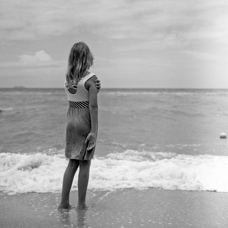 Young girl and the sea