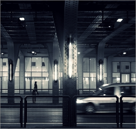 ondergronds....