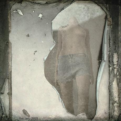 'Behind clossed windows' - selfportrait