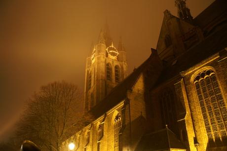 De Oude Kerk bij nacht