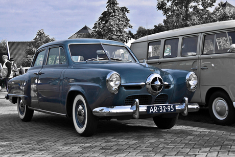 Studebaker Champion DeLuxe Sedan 1950 (3084)