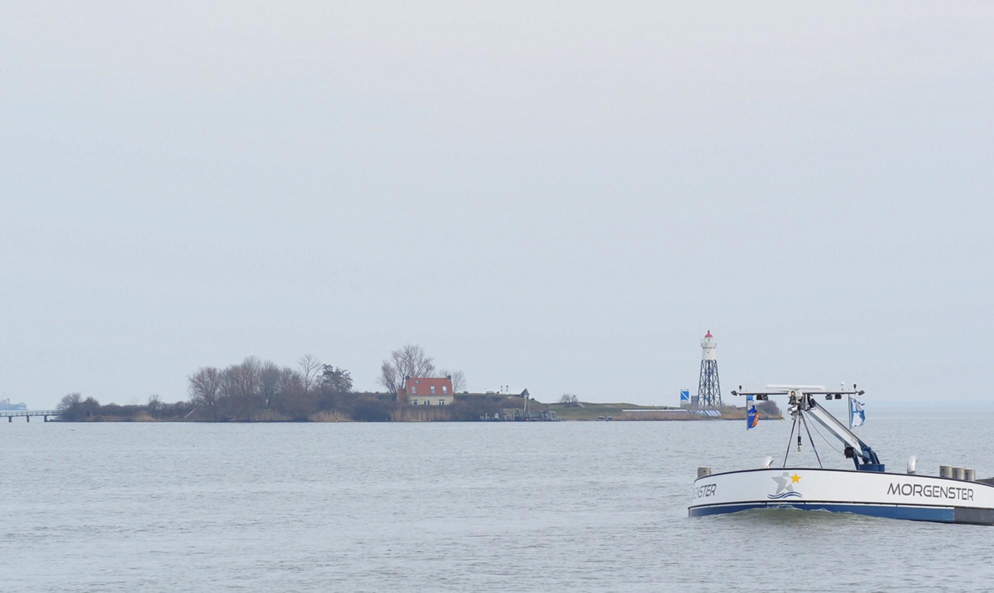 Goedemorgen - Met een Ster - foto door pietsnoeier op 01-04-2021 - deze foto bevat: boot, markermeer