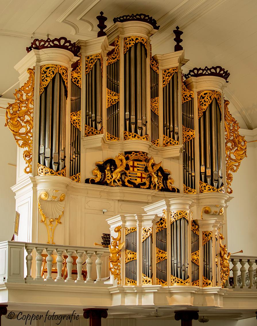 Grote Kerk Almelo - Willem van Leeuwen orgel - Van dit hoofdorgel is de orgelkast uit 1754 van Albertus Anthonie Hinsz, maar het binnenwerk is in 1963 gebouwd door de firma Willem van Leeuwen Gzn. - foto door copper-krijger op 06-05-2019 - deze foto bevat: muziek, orgel, overijssel, twente, almelo, Grote Kerk, pkn, willem van leeuwen orgel