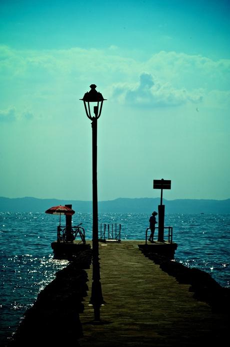 Op de pier van Bardolino