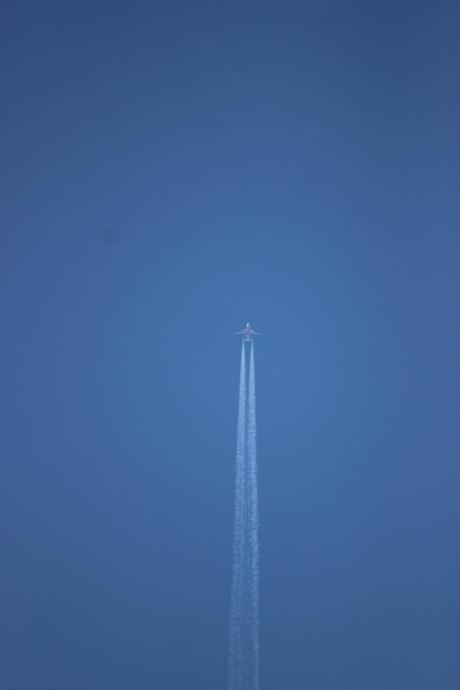 vliegtuig 10km hoog