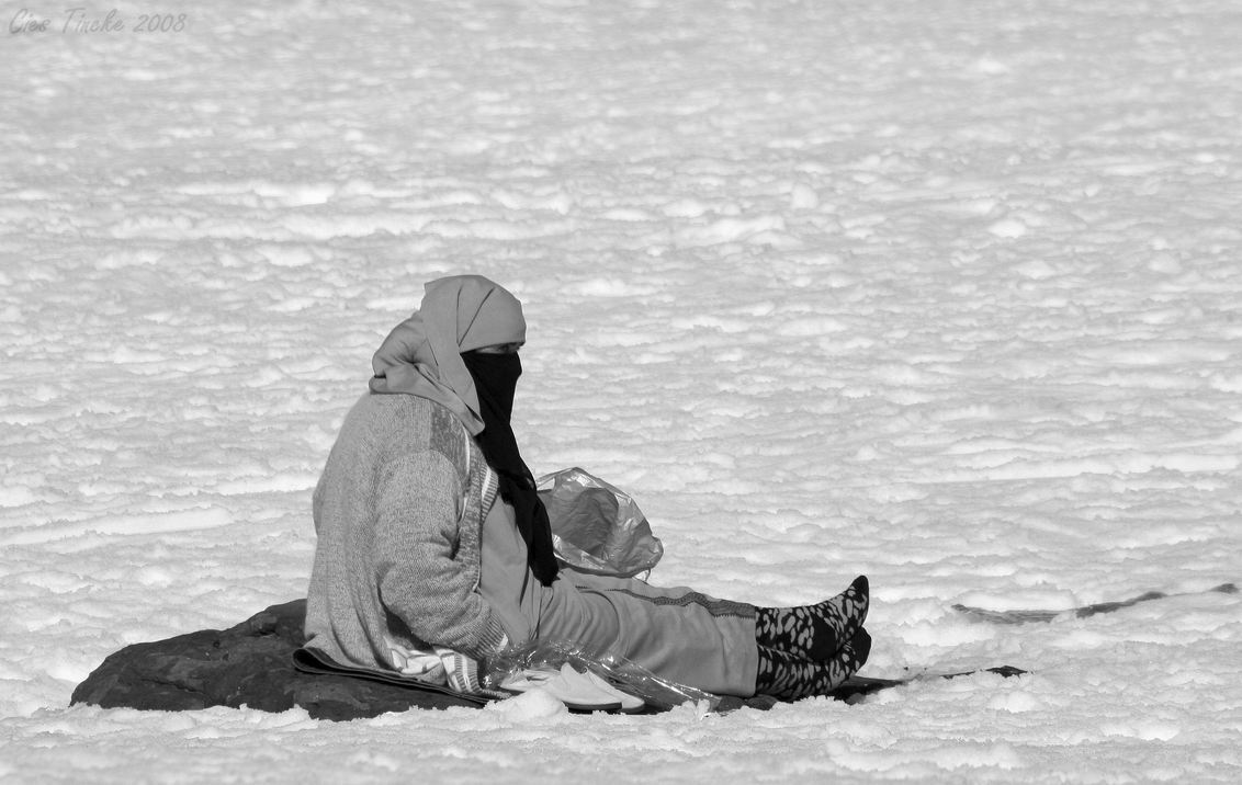 Sneeuwpret - - - foto door CiesTincke op 26-11-2009 - deze foto bevat: sneeuw, gesluierd, marrakech